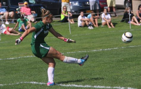 Natalia Grodzki's second-half goaltending leads to draw