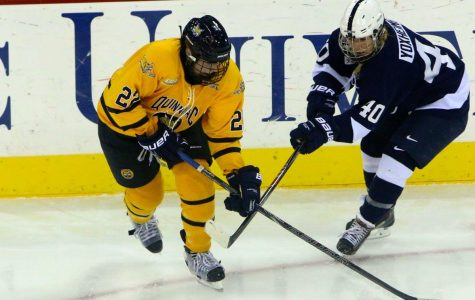 Women's ice hockey sweeps weekend series vs. Penn State with 4-0 win