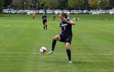 Women's soccer drops OT thriller 1-0 to Manhattan