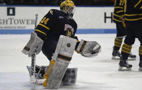 Garteig breaks all-time wins record, shuts out Yale 3-0