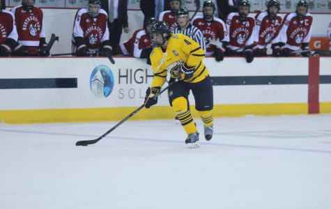 Men's ice hockey to face off with Dartmouth