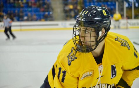 Tim Clifton signs NHL contract