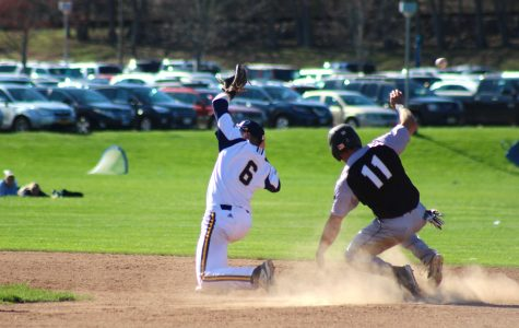 Bryant battles back to beat Bobcats 7-6