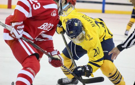Men's hockey falls to No. 2 Boston University in overtime, 3-2