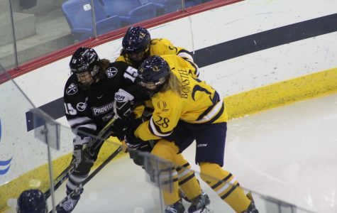 Women's hockey to face conference rival Harvard Saturday