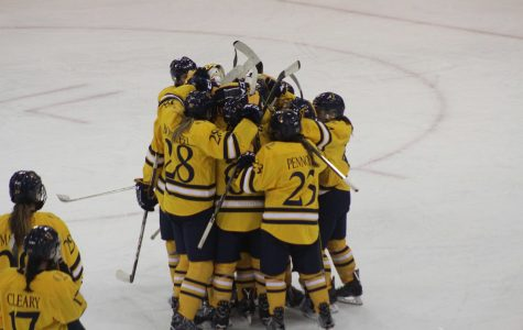 Women's hockey dominates in win over Vermont, 4-1