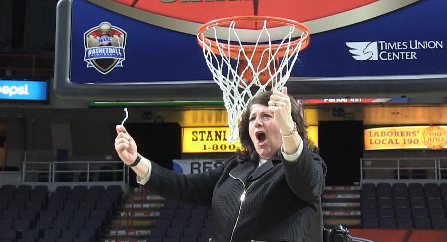 VIDEO: Quinnipiac women's basketball wins its second straight MAAC Championship