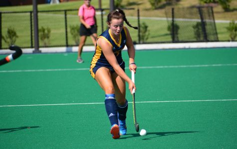 Field Hockey Looks to Hand Undefeated Black Bears First Loss of Season