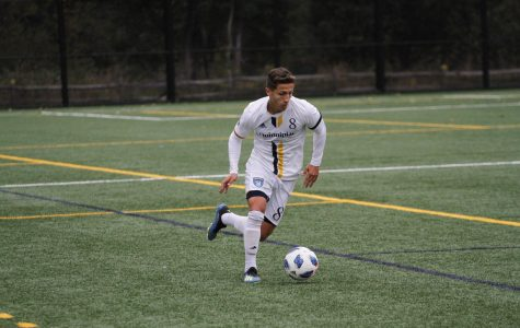 Men's Soccer Strengthens Grip on Playoff Spot With Win Over Niagara