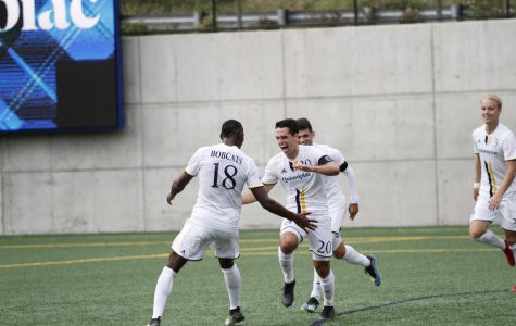 Men's Soccer Topples Iona, Wins Sixth Straight