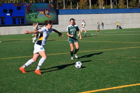 Natalia Grodzki's second-half goaltending leads to draw