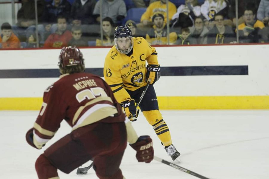 No. 9 Men's Hockey Returns Home for Clash with Princeton