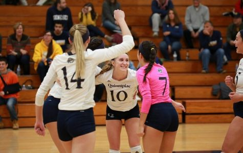 Volleyball Falls to Marist, 3-1