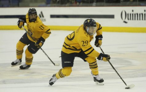 Tufto to the rescue: men's ice hockey escapes with overtime win at Yale