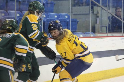 Women's ice hockey to take on Clarkson, first meeting since NCAA Quarterfinals