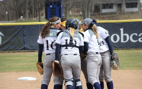 Softball Heads Into Saint Peter's Doubleheader Coming off Sweep of Manhattan