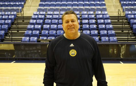 Q&A: Men's Basketball Assistant Coach Tom Pecora