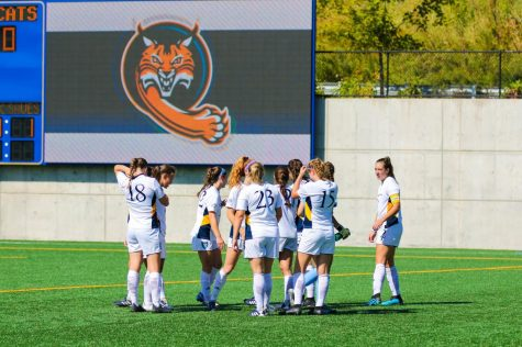 Women's soccer handed first loss, falls to Harvard