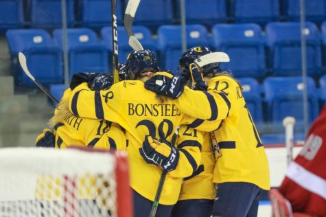 Five different Bobcats score in women's ice hockey's fifth shutout of the season