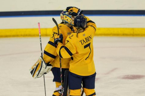 Women's Hockey Tries for First Win Against Maine
