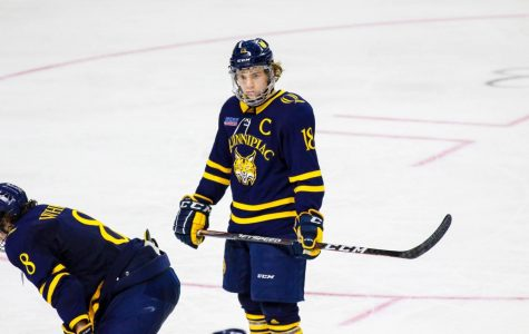 No. 16 Quinnipiac fights off early deficit, ties with Brown 2-2