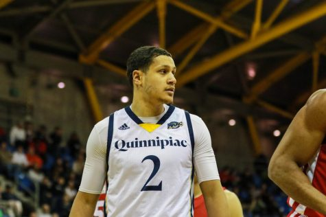 Quinnipiac men's basketball suffers frustrating Friday night loss to Iona