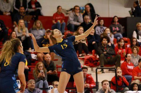 Quinnipiac Volleyball Swept by Iona, 3-0